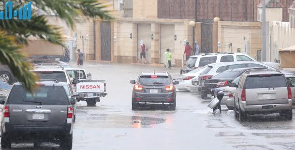 От дождей пострадал медицинский комплекс им.Короля Абдаллаха в Джидде