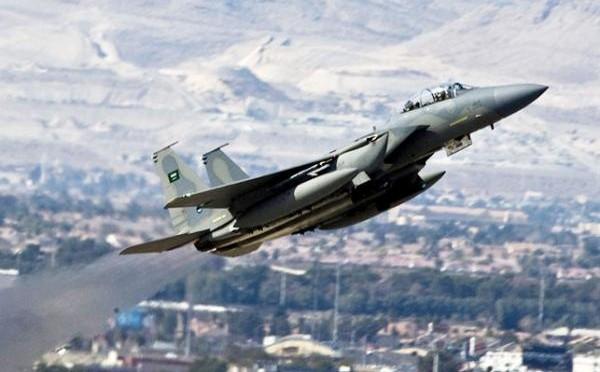 Налёты ВВС калиции по отступающим силам хусиитов в Нахаме