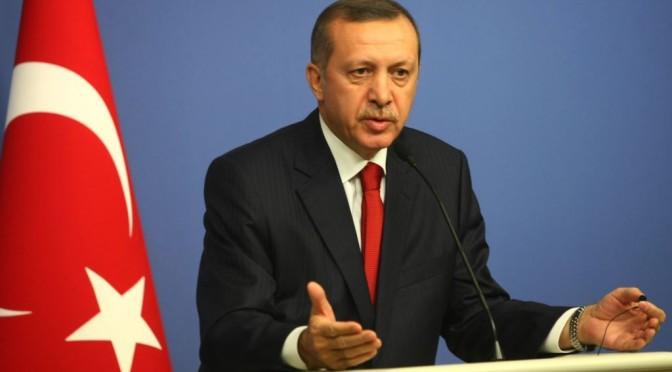Его Превосходительство президент Турецкой республики Раджаб Тоййб Эрдоган исполнил обряды Умры и вошёл в Благородную Каабу
