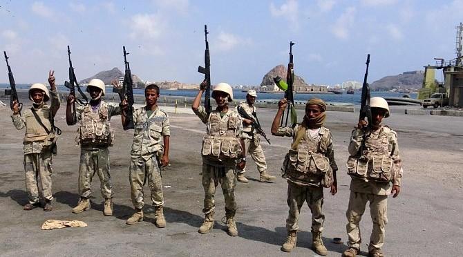 Президент Йемена подтвердил взятие под контроль лояльными ему войсками порта Миди