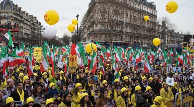 Антииранские протесты на улицах Парижа