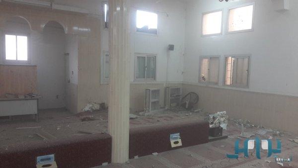 Хусиитский снаряд прервал жизнь имама мечети и его сына в Южном Захране