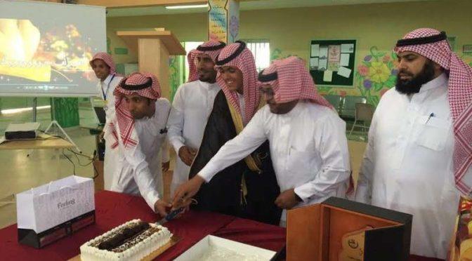 После того как вступил в брак самый молодой жених в Саудии, второй юноша в округе аль-Ула отметил завершение учебного года подобным же способом