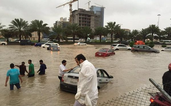 Проливные дожди в Эр-Рияде