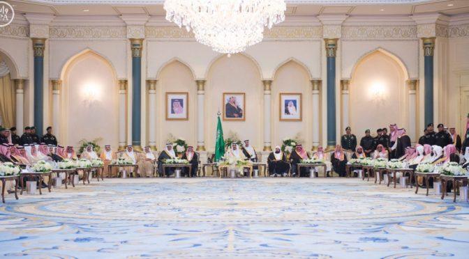 Служитель Двух Святынь почтил своим визитом народную церемонию в Лучезарной Медине и торжественно открыл несколько проектов развития провинции