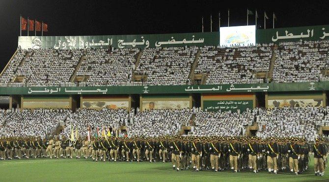 Его высочество заместитель наследного принца присутствовал на церемонии приёма новой партии военнослужащих, встпающих в ряды Королевских Сухопутных сил Саудии