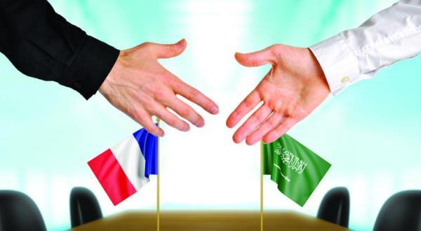 Служитель Двух Святынь получил послание от президента Французской республики