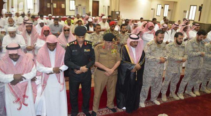 Группа молящихся посетила похороны павшего мученником капрала аль-Кааби в Джазане