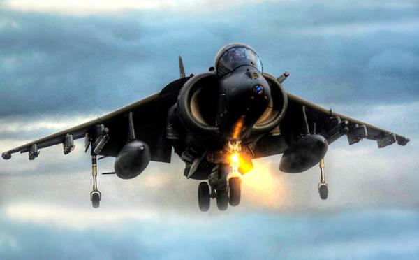 Налёты ВВС коалиции на места дислокации штабов военного снабжения  мятежников в Сане
