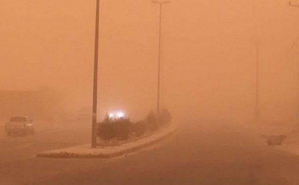 Песчанная буря закрыла небо над вади Давасир начиная с утра  вторника