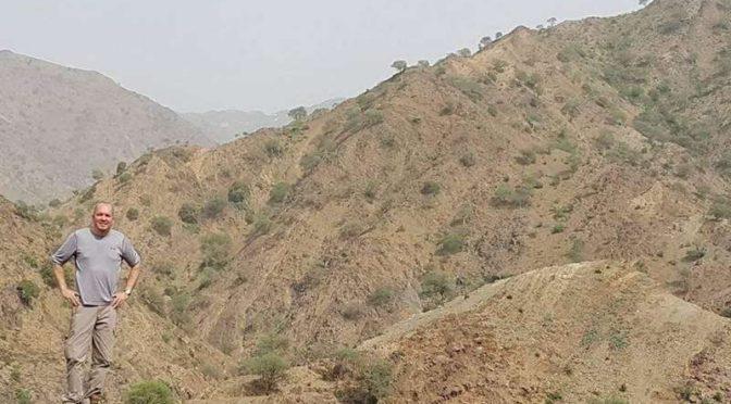 Американец Алан сказал корреспонденту «Сабк»: Я живу в провинции Джазан в большей безопасности чем в США невзирая на войну