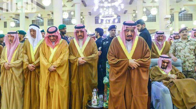 Служитель Двух Святынь исполнил похоронную молитву по принцу Турки бин Абдулазизу