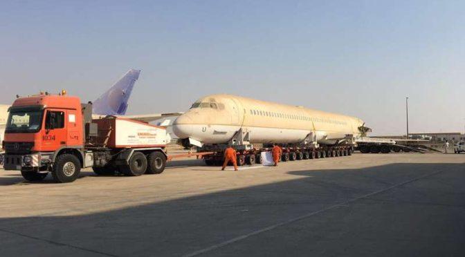 Сухопутная перевозка разобранного на части гражданского самолёта из Джидды в Эр-Рияд