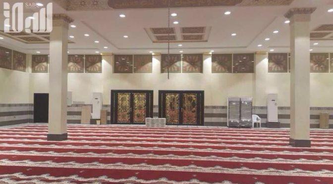 После издания фетвы Комитета старейших учёных в мечети им.Рувайсана в Эр-Рияде прошёл первая пятничная молитва