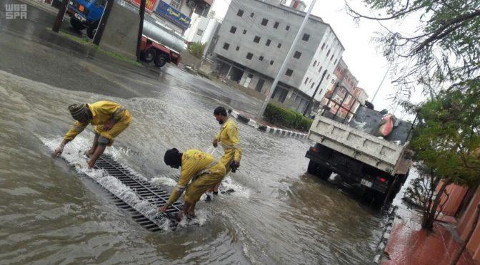Муниципалитет Асира удалил 928 тонн дождевой воды, скопившейся на улицах и в кварталах