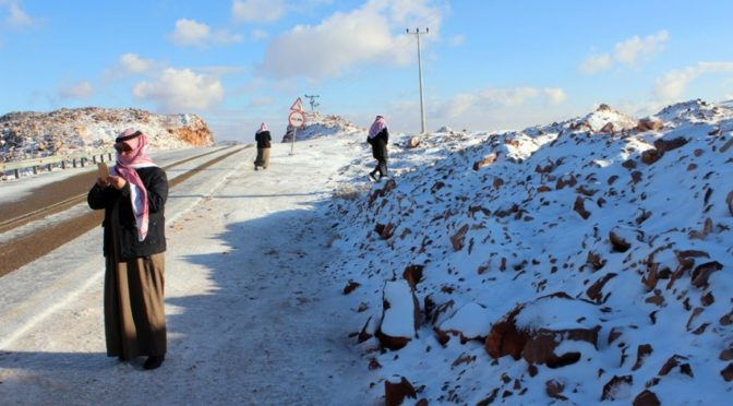 Снегопад над северными административными центрами провинции Табук