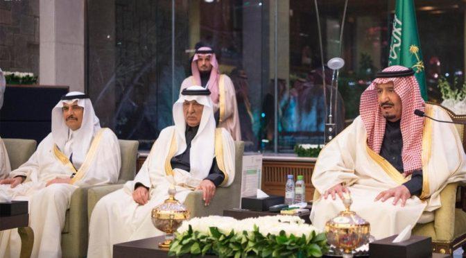 Служитель Двух Святынь принял группу саудийских студентов, обучающихся в Китае