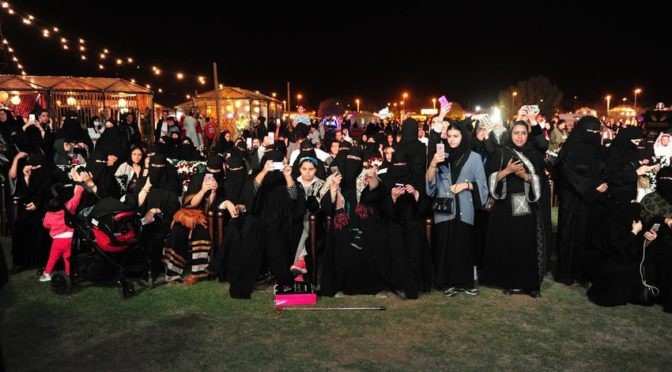 Фестиваль «Самрия» угощает ночной Эр-Рияд