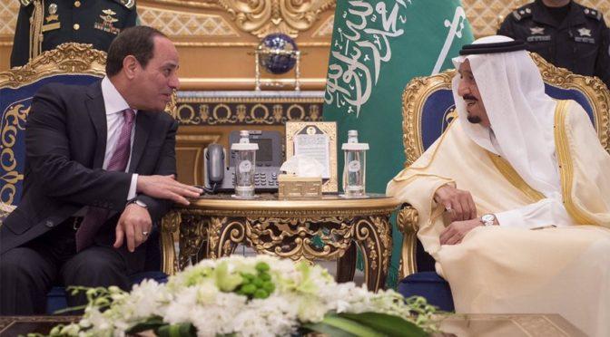Служитель Двух Святынь встретил президента Египта по прибытию в Королевство
