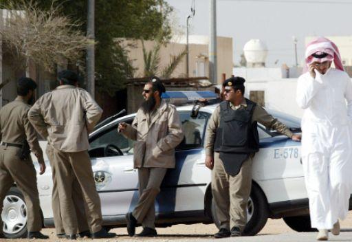 Полиция общественной безопасности: за распространение порнографических материалов предусматривается наказание до 5 лет тюрьмы и 3 млн.риалов (800 тыс.$) штрафа