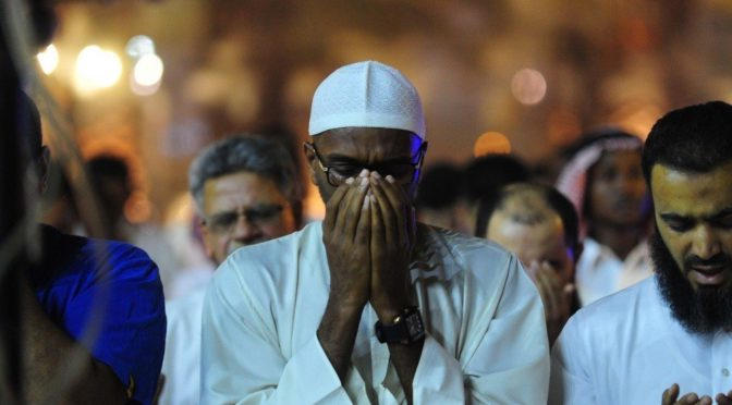 Атмосфера духовности окружает молящихся