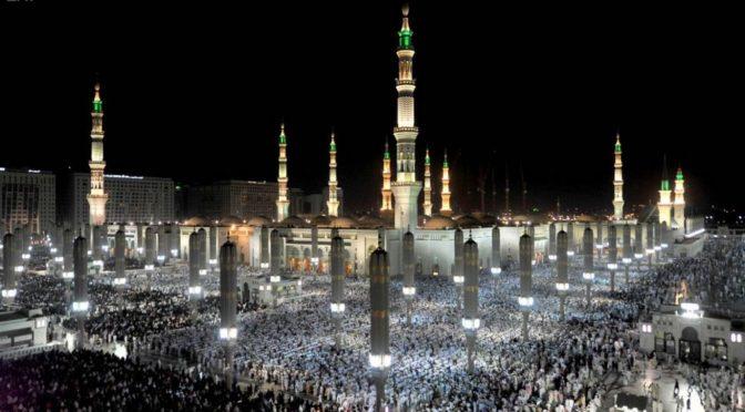 Более 1 млн. молящихся провели Ночь завершения прочтения Благородного Корана в Мечети Пророка