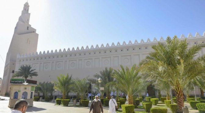 Мечеть Зул-Хулайфа в Лучезарной Медине посещается большим количеством паломников