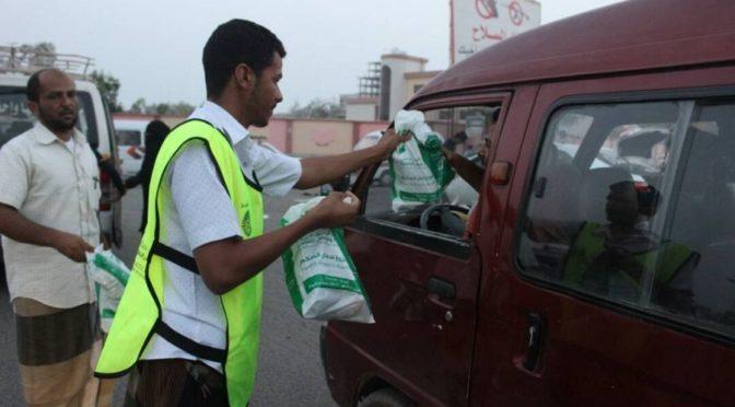 Центр гуманитарной помощи им.Короля Салмана направил наборы для ифтара постящимся в Таизе