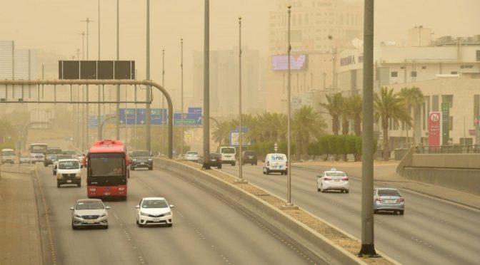 Пыльная буря ударила по Эр-Рияду