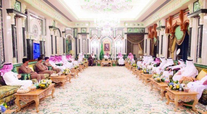 Служитель Двух Святынь прибыл в Благородную Мекку дабы провести последнюю декажу Благословенного месяца Рамадан рядом с Запретным Домом Аллаха