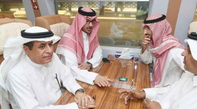 Заместители губернатора Благородной Мекки и Лучезарной Медины приняли участие в испытательном рейсе поезда «Двух Святынь»