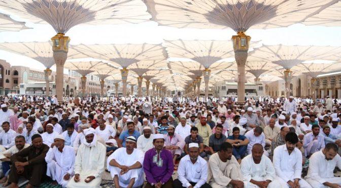 Более полумиллиона молящихся совершили первую пятичную молитву после Ид аль-Фитр в Мечети Пророка