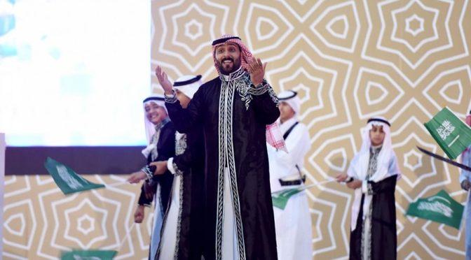 Принц Мухаммад бин Абдуррахман посетил церемонию закрытия летнего клуба при Исламском Университете им.Имама Мухаммада бин Сауда