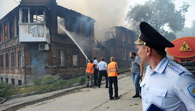 Россия эвакуировала сотни людей из-за ужасного пожара в одном из городов