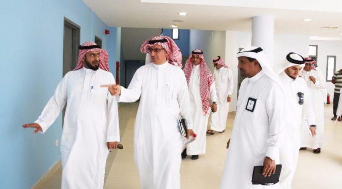 Начальник департамента образования провинции Благородной Мекки говность к учебному году первых школ развития