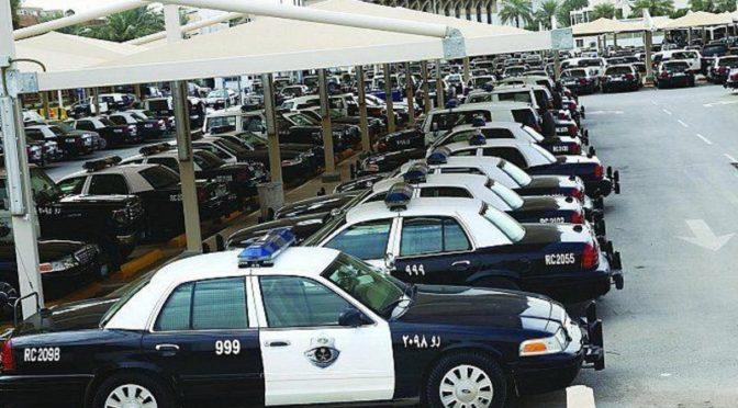 Патрули сил безопасности в Эр-Рияде усилили своё присутствие для предотвращения правонарушений со стороны моодёжи у  торговых комплексов