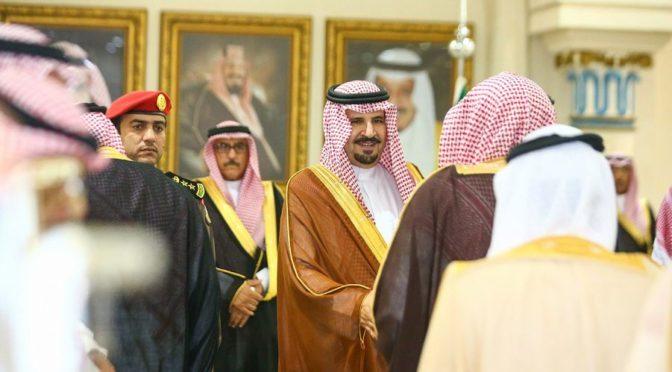 Его Высочество губернатор провинции Джуф и его заместитель приняли подданных, чиновников и шейхов племён