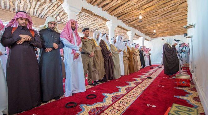 Принц Султан бин Салман открыл историческую «мечеть  битвы»  в Бурайде после того как она была восстановлена за счёт губернатора провинции Касым