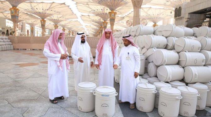 Администрация Мечети Пророка получило 5 000 ёмкостей для воды Зам-Зам