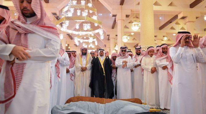 Принцы Ахмад бин Абдулазиз и Мукрин бин Абдулазиз исполнили похоронную молитву по принцу Мансуру бин Мукрину и его спутникам