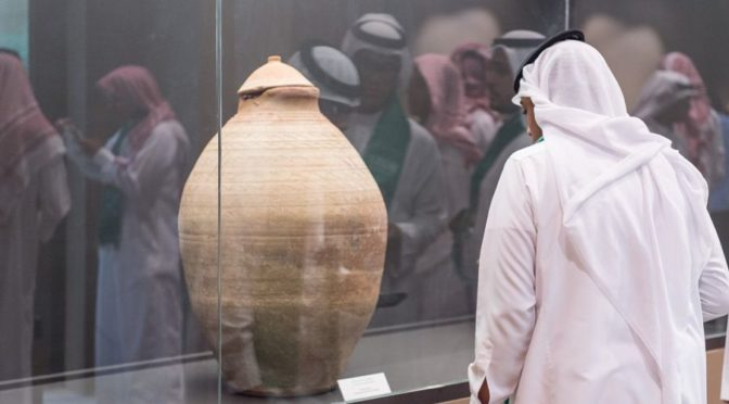 Выставка «Древние шедевры Саудии» привлекает жителей Эр-Рияда и проходит в Национальном музее до 30 рабиа-авваля