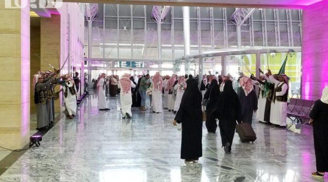 Поезд «Саудийских железных дорог» впервые доставил пассажиров в Хаиль