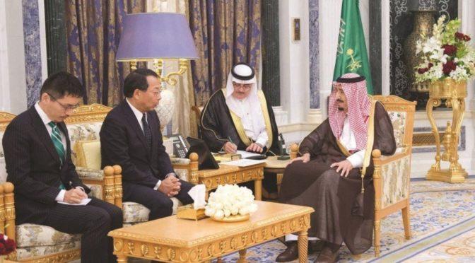 Служитель Двух Святынь принял посла Японии по случаю завершения его работы послом его страны в Королевстве