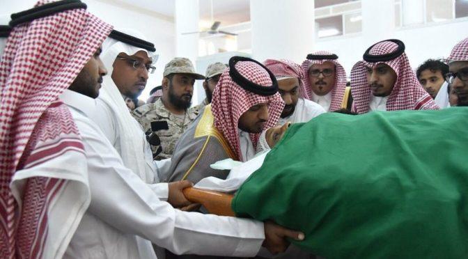 Заместитель главы администрации провинции Джазан совершил похоронную молитву по павшему мучеником капралу аль-Мукали