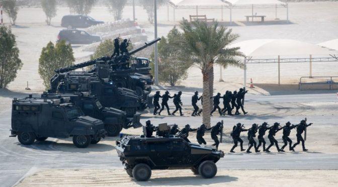 Его Высочество Министр иностранных дел и министр внутренних дел Королевства Бахрейн посетили учения сил спецназа Бахрейна