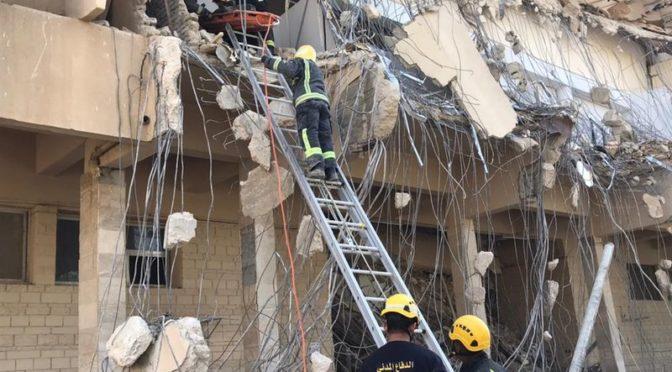 Обнаружено двое погибших при обрушении ветхого здания медицинского комплекса
