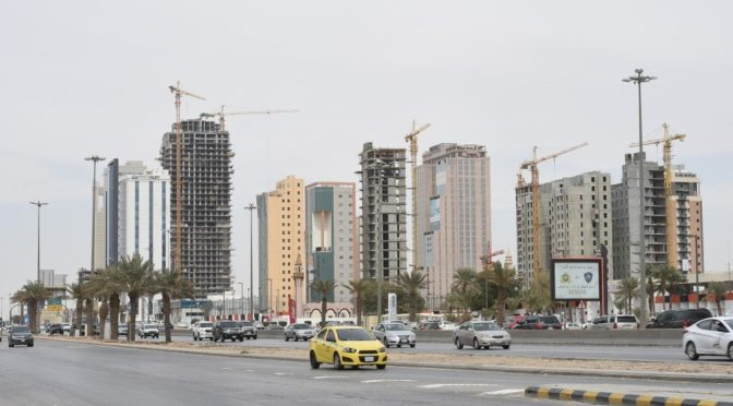 Эр-Рияд —  под облачностью