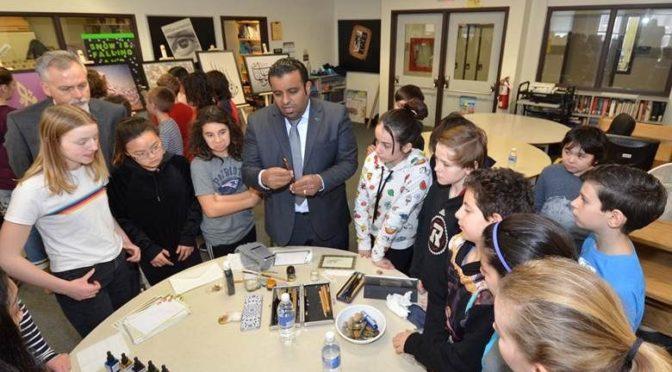 Культурная миссия в Канаде представляет выставку, посвящённую арабскому языку