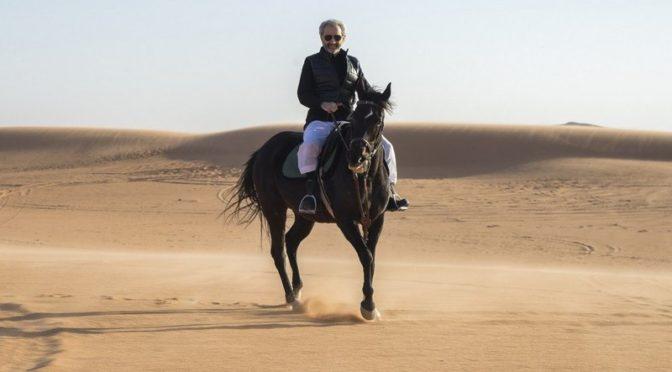 аль-Валид бин Талал в свойм первом твитте: Я со своей семьёй и внуками в платочном лагере в пустыне