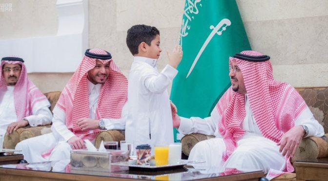 Губернатор провинции Касым посетил ифтар для сиротв в своём дворце в Бурайде